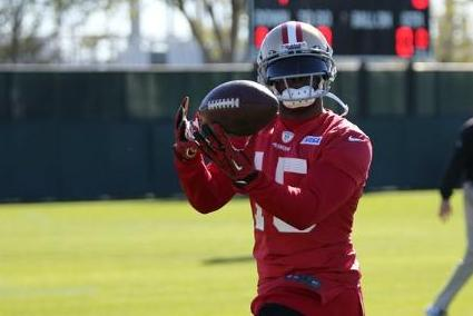 Michael Crabtree Back at Practice