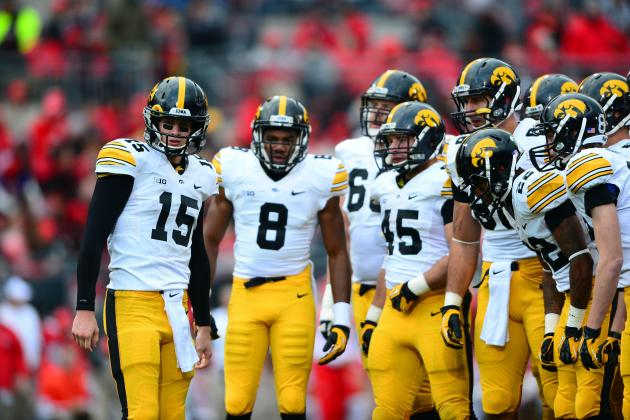 Iowa O-Line Wants to Leave a Footprint