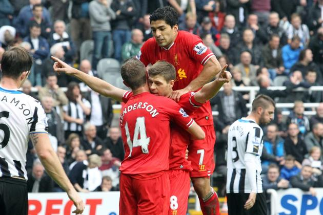 Steven Gerrard Rates Luis Suarez Above Fernando Torres, Says Striker Won't Leave