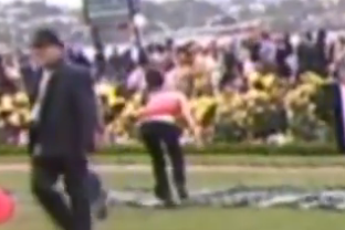 Female Groom Attacked After Her Horse Wins Race at Melbourne Cup Carnival