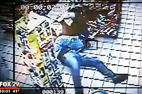 Man Thwarts Armed Robbery with BJJ