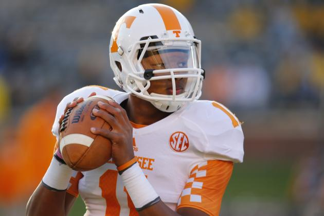 Tennessee Football: Offensive Coaches Need to Get Josh Dobbs Some Help