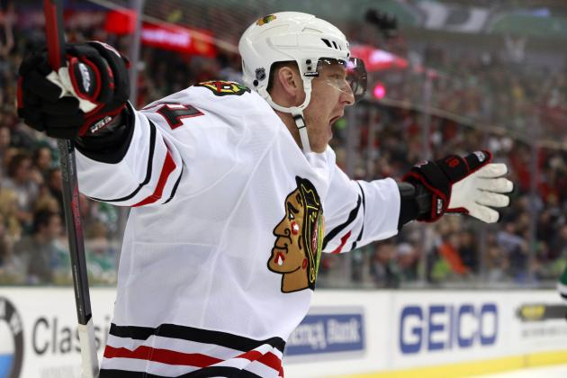 Hossa's Pair Powers Hawks by Stars