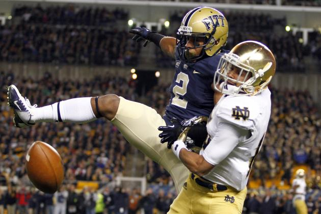 Video: Notre Dame Forces a Fumble Against Pitt, Doesn't Try to Recover