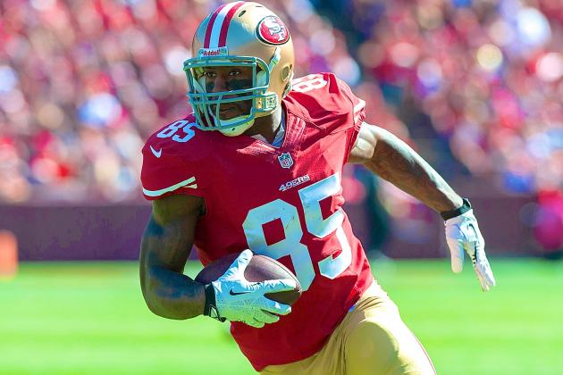 Vernon Davis Injury: Updates on 49ers TE's Head