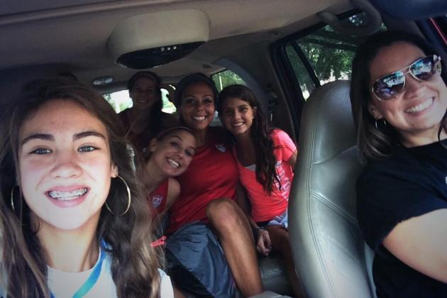 Alex Morgan, Hope Solo and USWNT Rode in Style with Fans After Bus Breaks Down