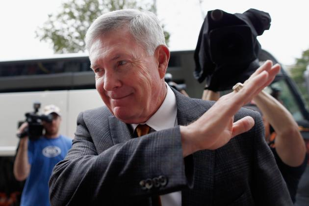 Texas Football: How Mack Brown Could Be Texas' Coach in 2014
