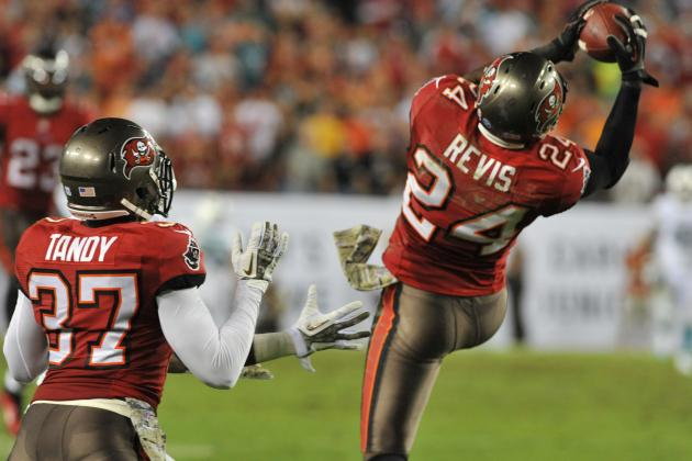 Bucs Finally Win One, for Old Times' Sake