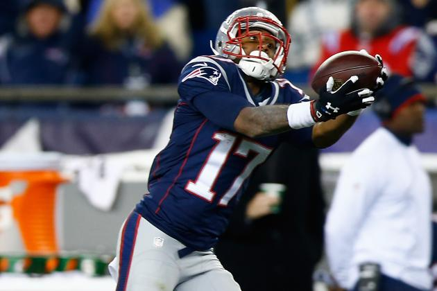 Patriots Receiver Aaron Dobson Turning the Corner by Turning Cornerbacks Around