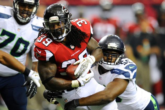 Should the Atlanta Falcons Bring Steven Jackson Back Next Season?