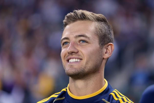 Openly Gay Footballer Robbie Rogers Dating Hollywood Producer Greg Berlanti