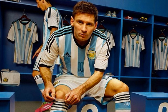 Instagram: Messi Shows off Argentina's World Cup Kit