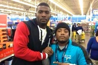 Cowboys WR Dez Bryant Shows Up at Walmart, Buys PS4s for Everyone