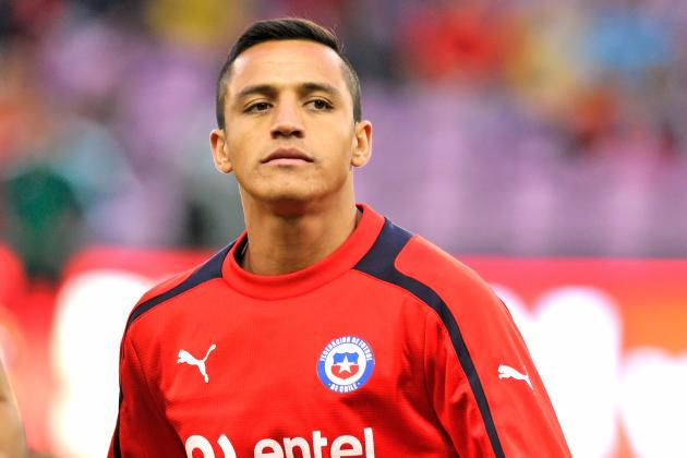 GIFs: Alexis Sanchez Double Gives Chile 2-0 Win over England