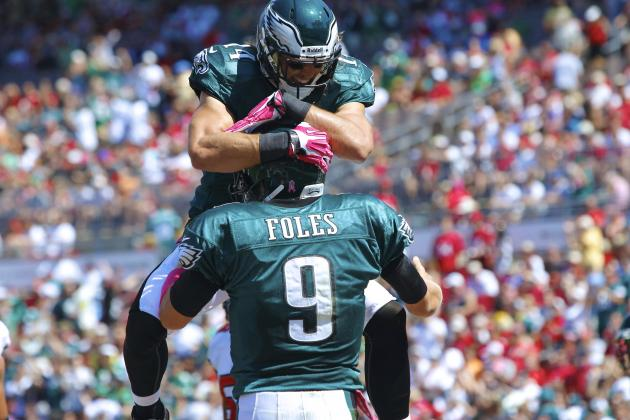 Nick Foles, Riley Cooper Developing Special Connection for Philadelphia Eagles
