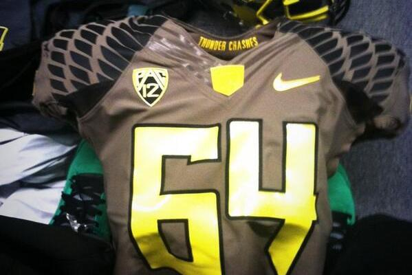 Oregon Will Wear Its 'Support the Troops' Uniform on Saturday vs. Utah
