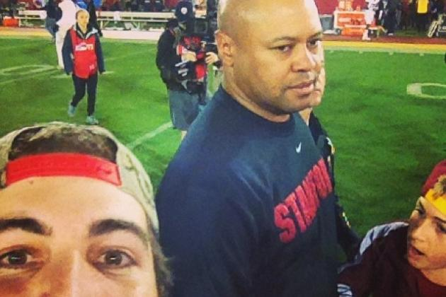 USC Bro Takes Beautiful Selfie with Sad David Shaw After Trojans Upset Stanford