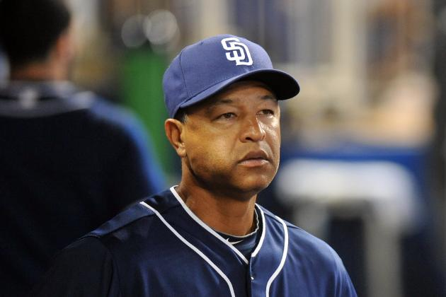 Padres Promote Dave Roberts to Bench Coach, Name Jose Valentin 1B Coach