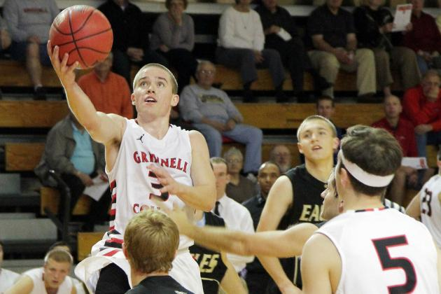Not Easy for Grinnell Gunner to Score 100-Plus, Till Coach Makes It so