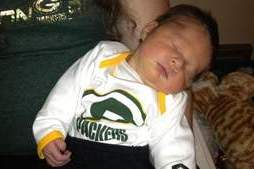 Green Bay Parents Name Child Aaron Rodger After Discovered Broken Collarbone