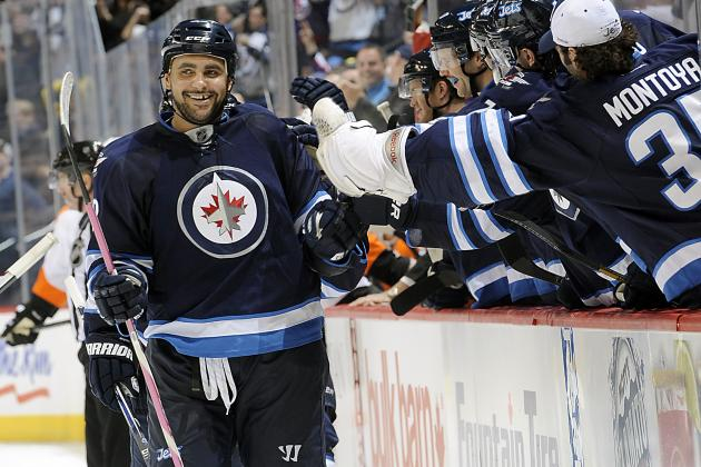 Winnipeg Jets: Dustin Byfuglien Finally Playing on His Level
