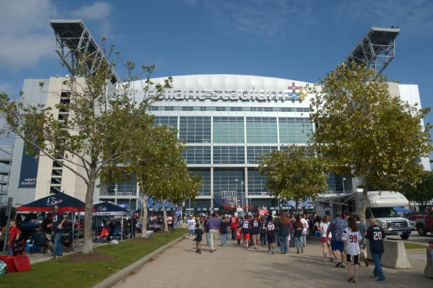 Arizona State, Texas A&M Set to Play in 2015 at Reliant Stadium in Houston