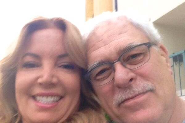 Phil Jackson Selfie: Zen Master Wins Internet Posing with Jeanie Buss
