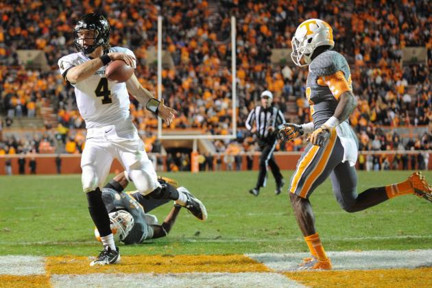Vandy Rallies for 14-10 Victory over Tennessee