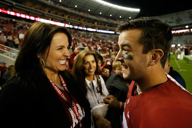 AJ McCarron's Mother Strikes Heisman Pose as Son Enters Fray of Race