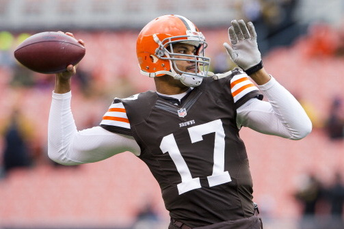 Jason Campbell out for Rest of Game vs. Steelers; Brandon Weeden Replaces