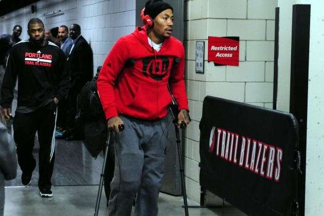 Derrick Rose's Latest Knee Injury Must Make Bulls Consider Roster Overhaul
