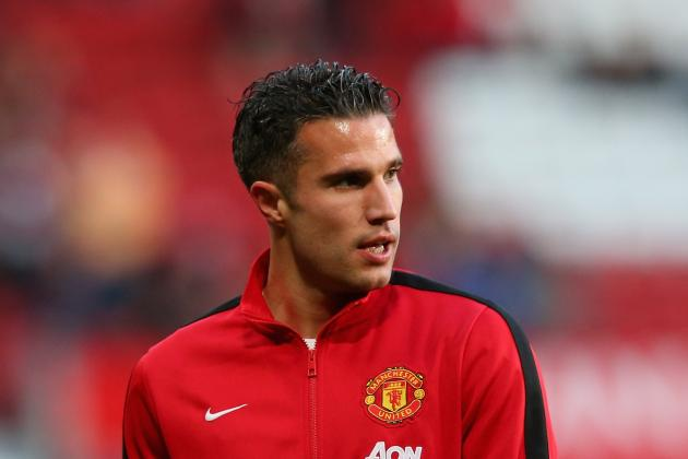 Robin van Persie, Nemanja Vidic and Phil Jones Nearing Manchester United Return