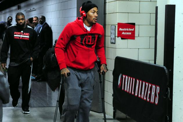 Twitter Reacts to Derrick Rose Missing Remainder of 2013 Season with Knee Injury
