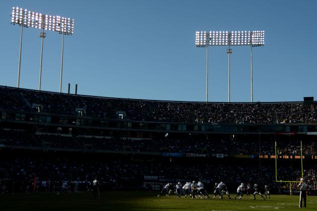 Raiders Fan Saves Life of Woman Who Leapt from 3rd Deck of Oakland Coliseum