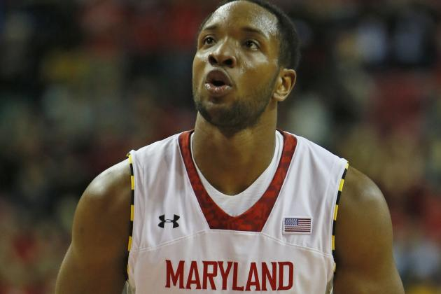 Dez Wells Earns MVP Honors After Paradise Jam Championship