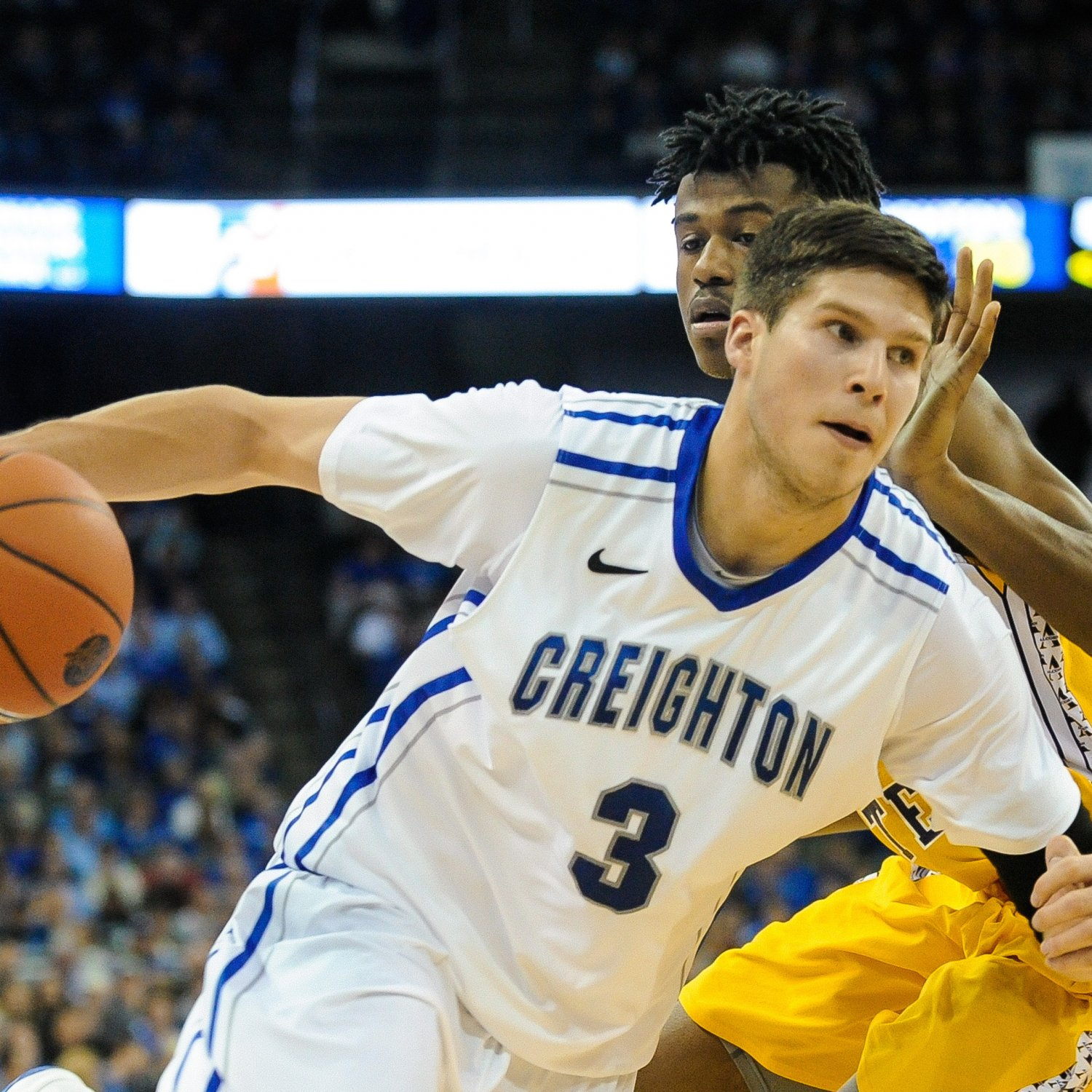 NCAA (pour savoir qui drafter l'an prochain) - Page 5 Hi-res-187421673-doug-mcdermott-of-the-creighton-bluejays-drives-past_crop_exact