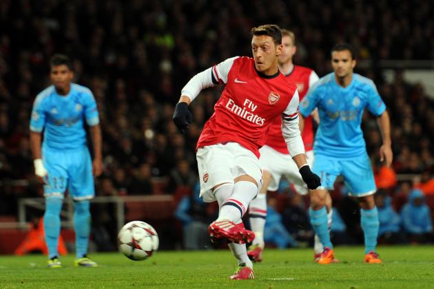 Why Mesut Ozil Does Not Need a Lift from Arsenal Team-Mates