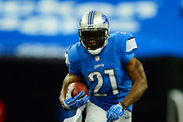 Reggie Bush Wins 2013 FOX Galloping Gobbler Award
