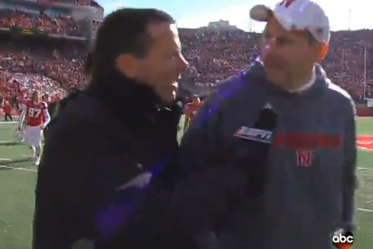 Nebraska Head Coach Bo Pelini Fires Back at Reporter After Interception Question