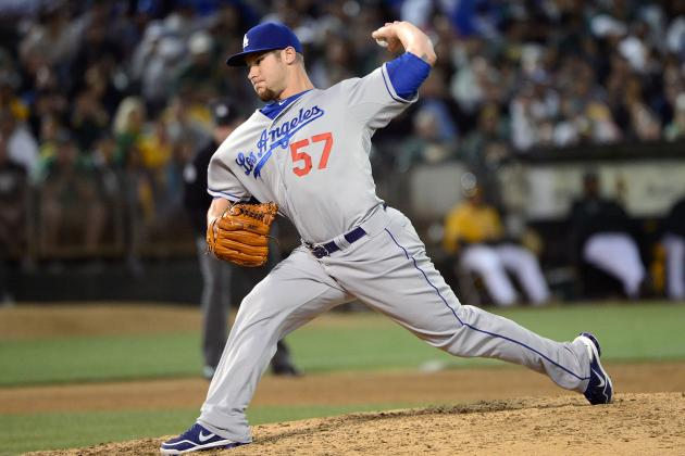 Dodgers Avoid Arbitration with Scott Elbert, Drew Butera