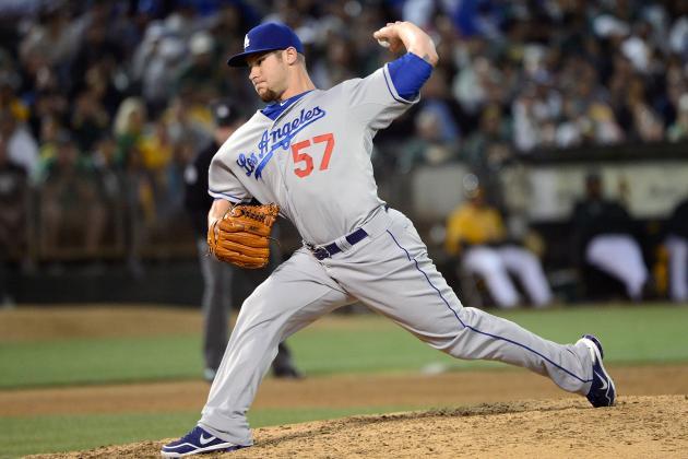 Dodgers Avoid Arbitration with Scott Elbert, Drew Butera