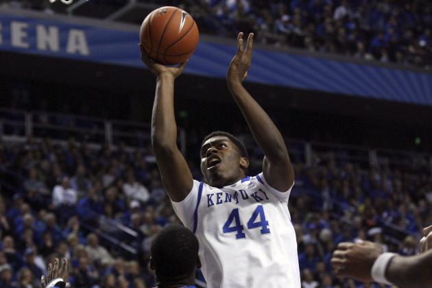 Kentucky Basketball: Is Coach Cal Under-Using Dakari Johnson?