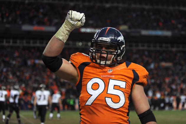 Updates on Broncos DE Derek Wolfe After Suffering Seizure-Like Symptoms
