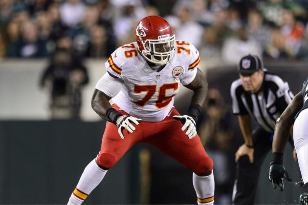 Branden Albert Injury: Updates on Chiefs LT's Leg and Return