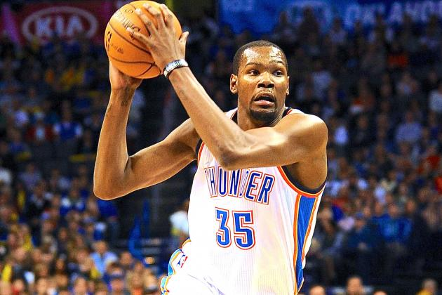 Kevin Durant's Monster Night Puts Him in Exclusive Club with Michael Jordan