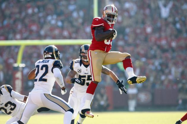 Vernon Davis Leaps His Way to 50th Career TD