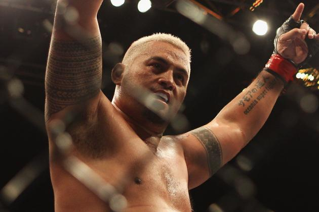 UFC Fight Night 33: With the JDS Loss, Has Mark Hunt's Mystique Eroded?
