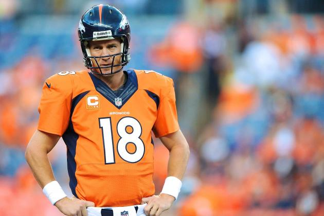 Peyton Manning Regretfully Declines Fans' Wedding Invitation, Signs Their Card