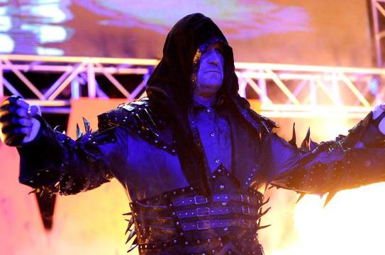 Undertaker Returns to WWE Raw to Confront Brock Lesnar Ahead of WrestleMania 30