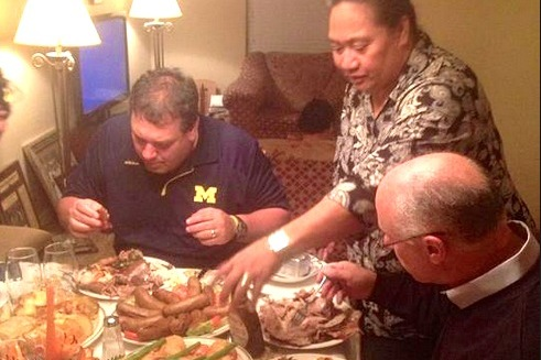 Michigan Head Coach Brady Hoke Feasts with a Recruit and His Family